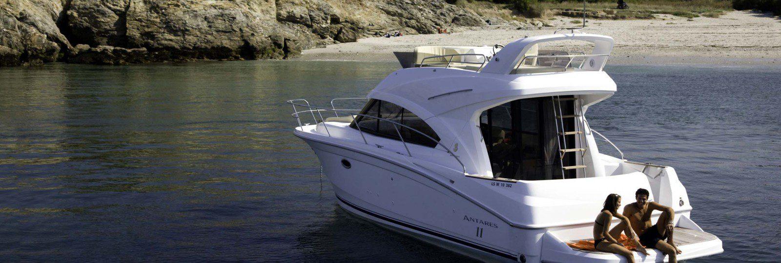 Beneteau Antares 36 at anchor