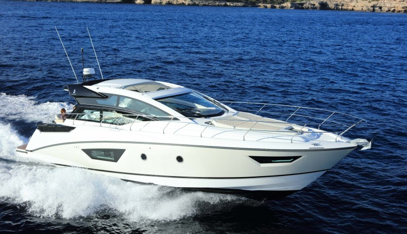 Beneteau Power  46