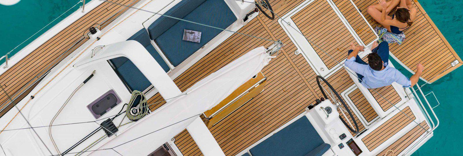 Beneteau Oceanis 41.1 at aerial deck