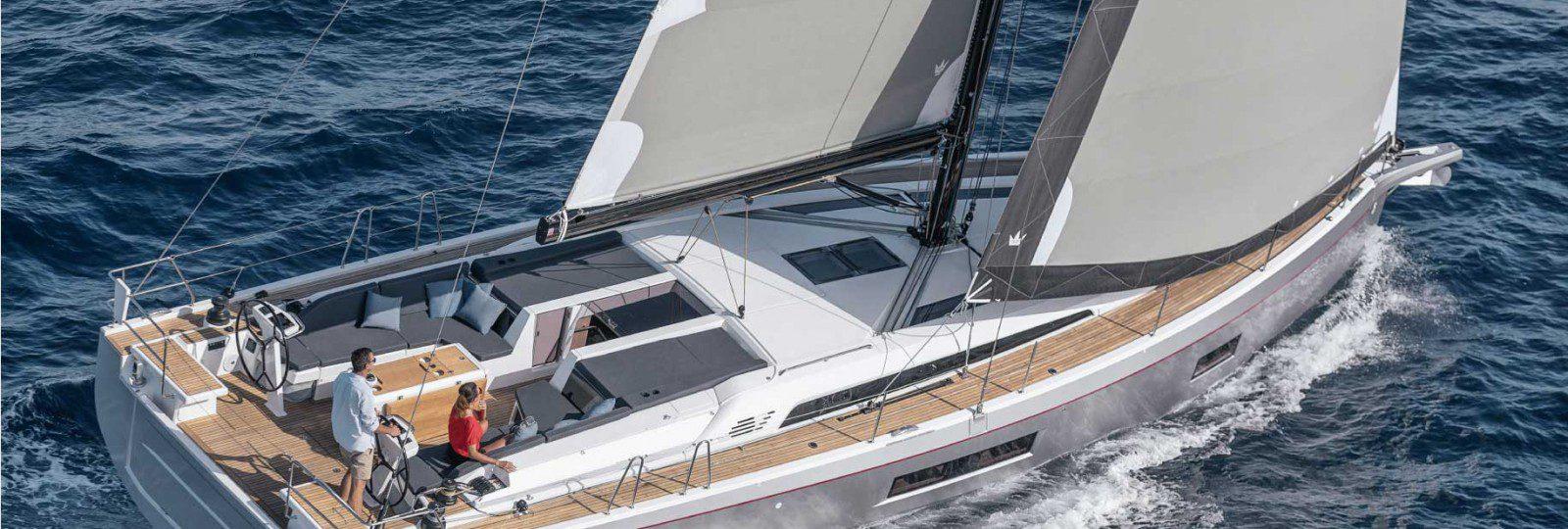 Beneteau Oceanis 51.1 running