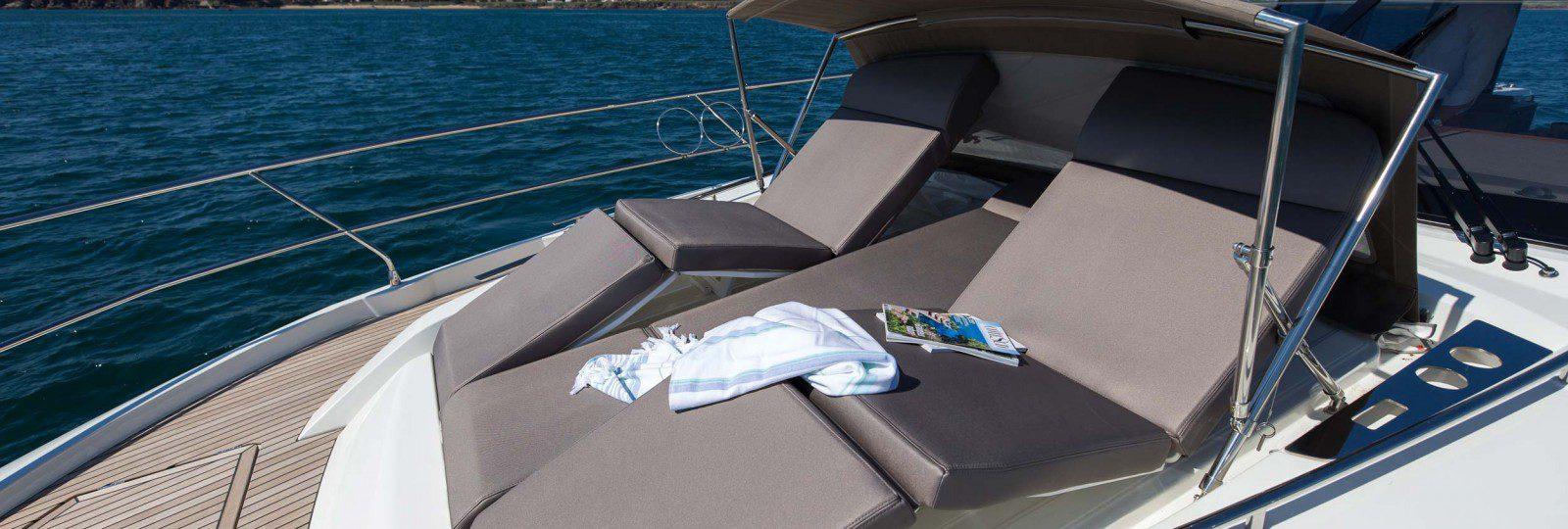 Prestige 520 sun lounger