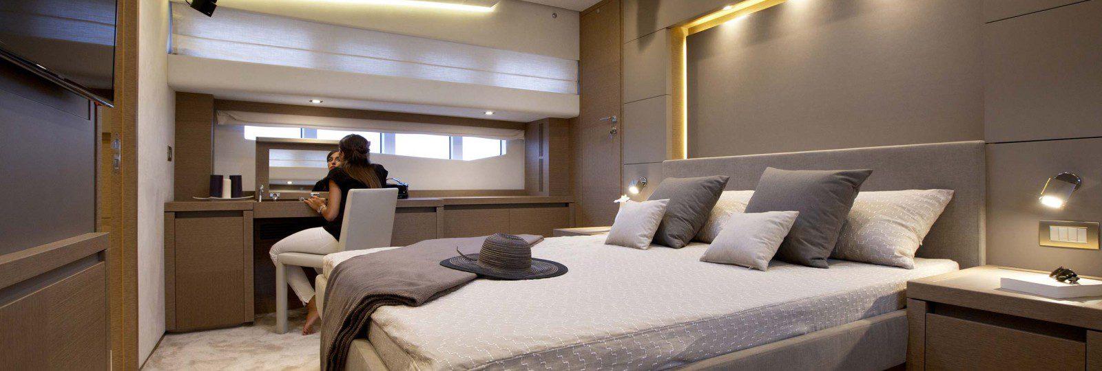 Prestige Yachts 750 master cabin