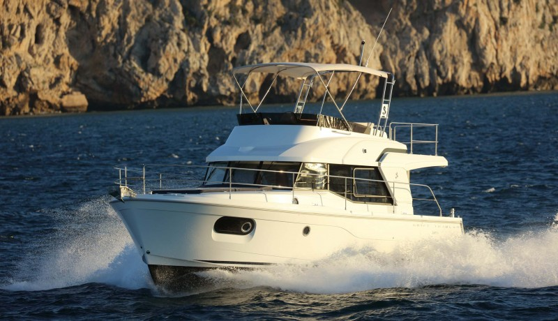 Beneteau Power  35