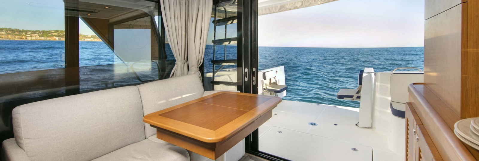 Beneteau Swift Trawler 35 saloon and cockpit
