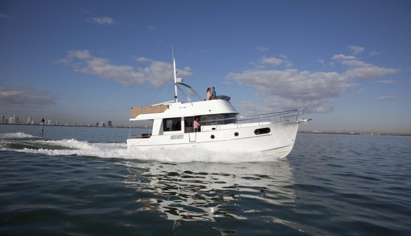 Beneteau Power  44