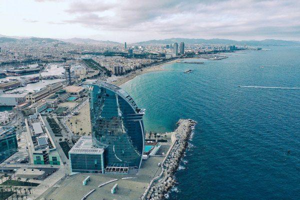 Beaches - Barcelona Cruising Guide - Ancasta